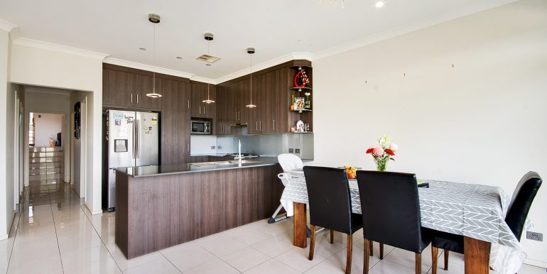 27 Ascot Circuit Golden Grove house living