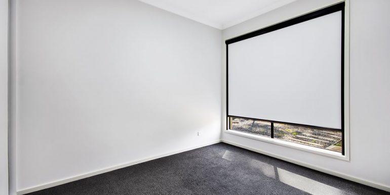 34B Kennion Crescent Para Hills West bedroom