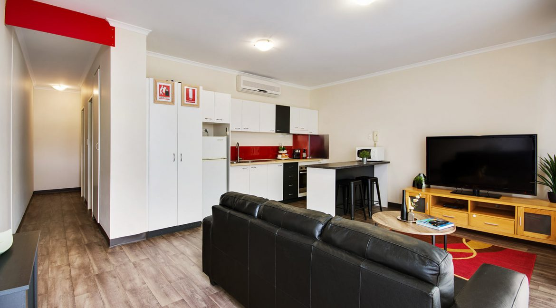 Mawson-Lakes-Apartment-11